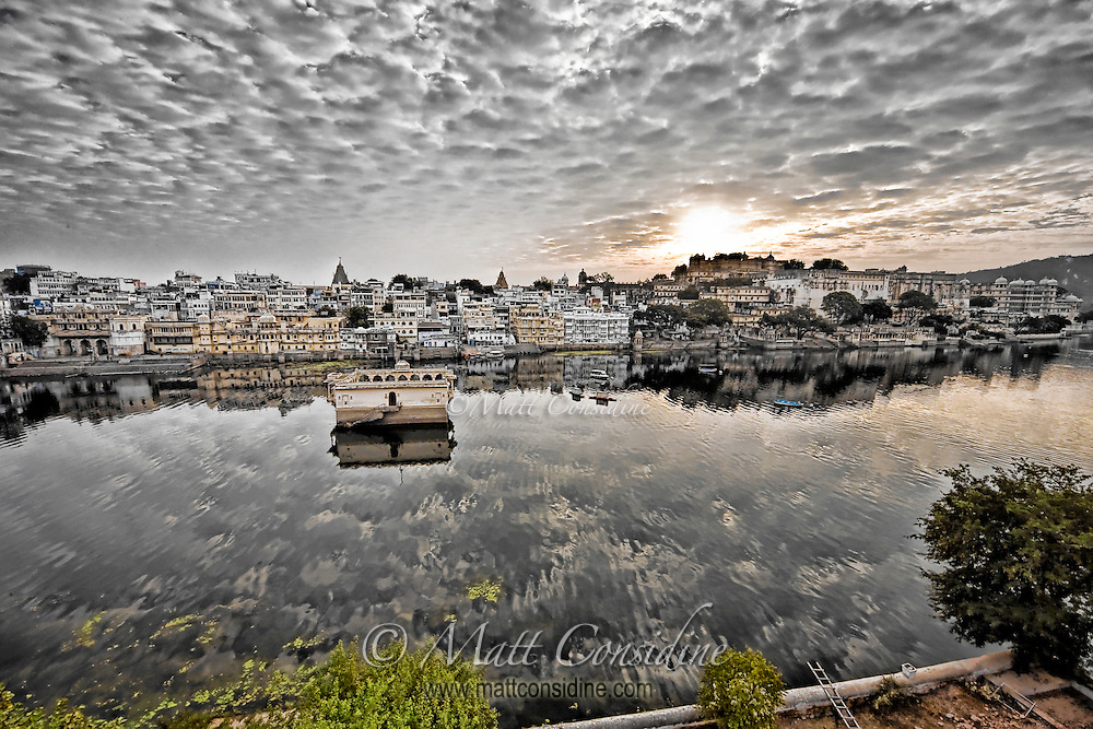 Sunrise over lake Udaipur in India.<br /> (Photo by Matt Considine - Images of Asia Collection)