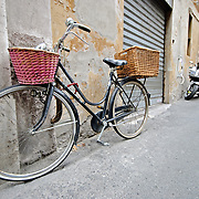 Bicycle with basket on the streets of Rome