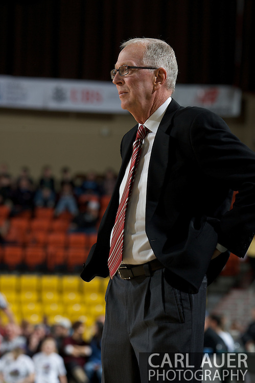November 27, 2008: San Diego State's Head Coach Steve Fisher in the final game in the opening round of the 2008 Great Alaska Shootout at the Sullivan Arena