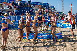 25-08-2019 NED: DELA NK Beach Volleyball, Scheveningen<br /> Last day NK Beachvolleyball / Emma Piersma #1, mr/, Joy Stubbe #2, Pleun Ypma #2, Katja Stam