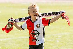 14-05-2017 NED: Kampioenswedstrijd Feyenoord - Heracles Almelo, Rotterdam<br /> In een uitverkochte Kuip pakt Feyenoord met een 3-0 overwinning het landskampioenschap / kinderen van Dirk Kuyt #7