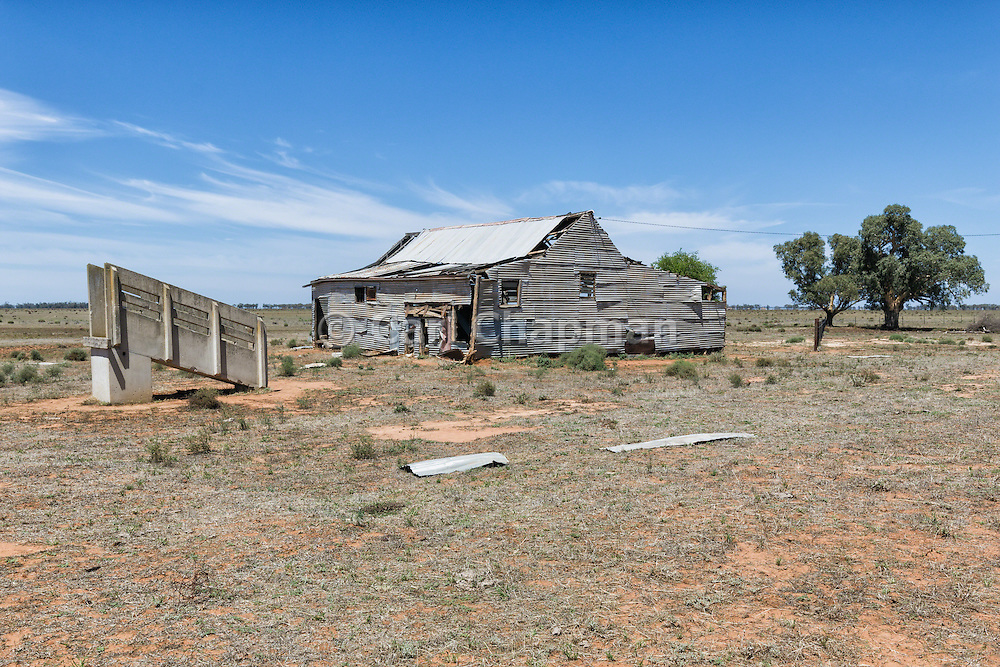 Dilapidated and rundown old outback shearing wool shed near Narrandera, New South Wales, Australia