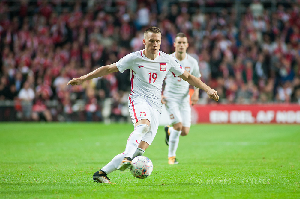 01.09.2017. Copenhagen, Denmark. <br /> Piotr Zielinski (19) from Poland during the FIFA 2018 World Cup Qualifier between Denmark and Poland at Parken Stadion.<br /> Photo: © Ricardo Ramirez.