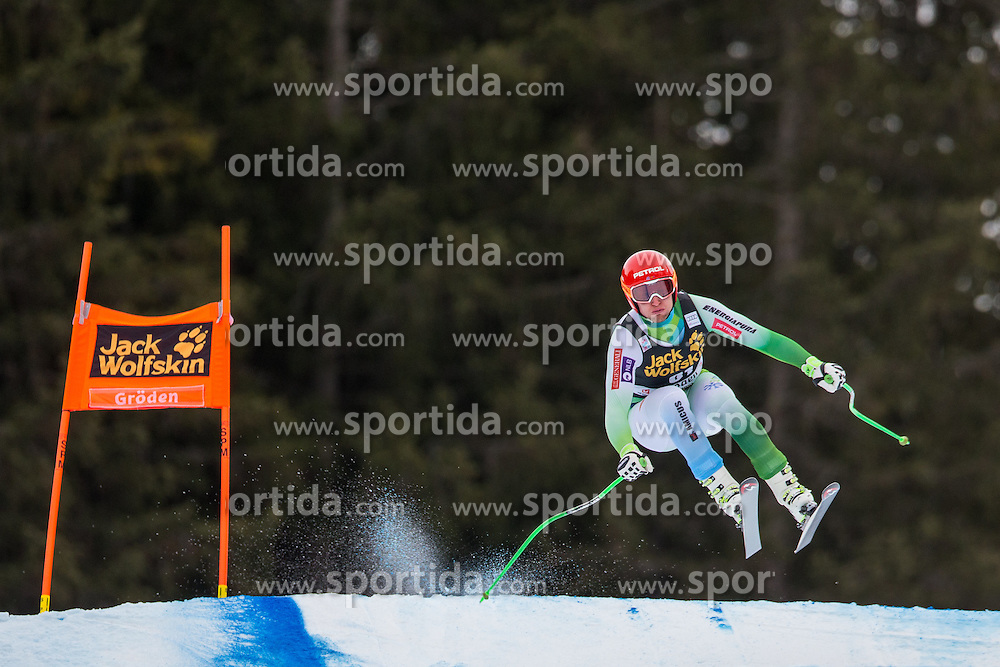 16.12.2015, Saslong, Groeden, ITA, FIS Ski Weltcup, Herren, Abfahrt, 1. Training, im Bild Andrej Sporn (SLO) // Andrej Sporn of Slovenia in action 1st downhill practice of the Groeden FIS Ski Alpine World Cup at the Saslong Course in Gardena, Italy on 2015/12/16. EXPA Pictures © 2015, PhotoCredit: EXPA/ Johann Groder