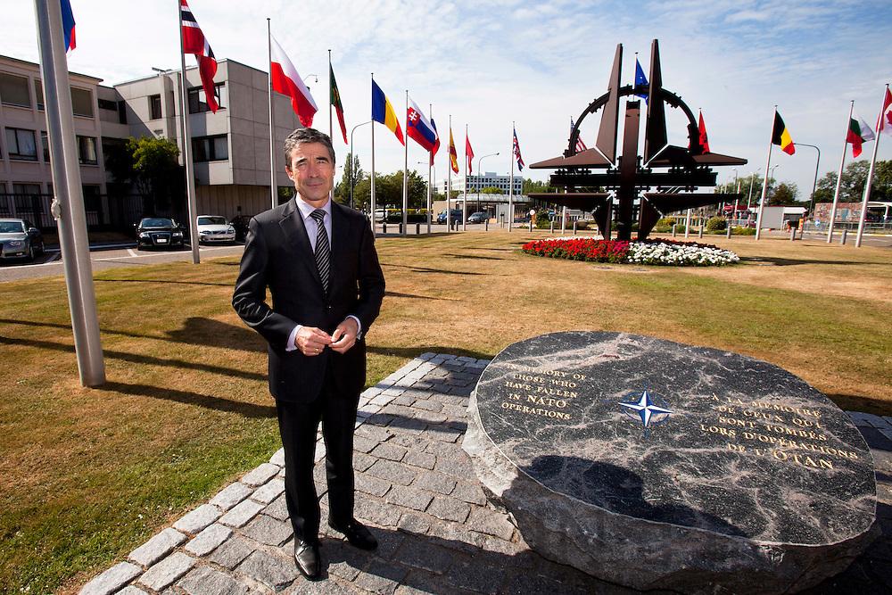 SPECIAL INDBLIK - Jesper Kongstad skriver -- BRUSSELS - BELGIUM - 07 JULY 2010 -- Interview med Anders Fogh Rasmussen, Nato's Generalsekretær, som her staar ved mindesmaerket for Nato's faldne soldater. Sten er fra Bornholm og blev doneret af Danmark. PHOTO: ERIK LUNTANG / INSPIRIT Photo