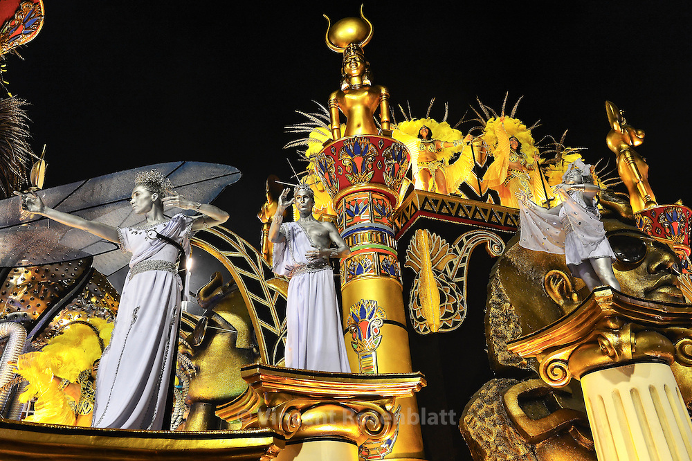 "Salgueiro Samba School show is about the ""Fame"" thema for the 2013 edition."