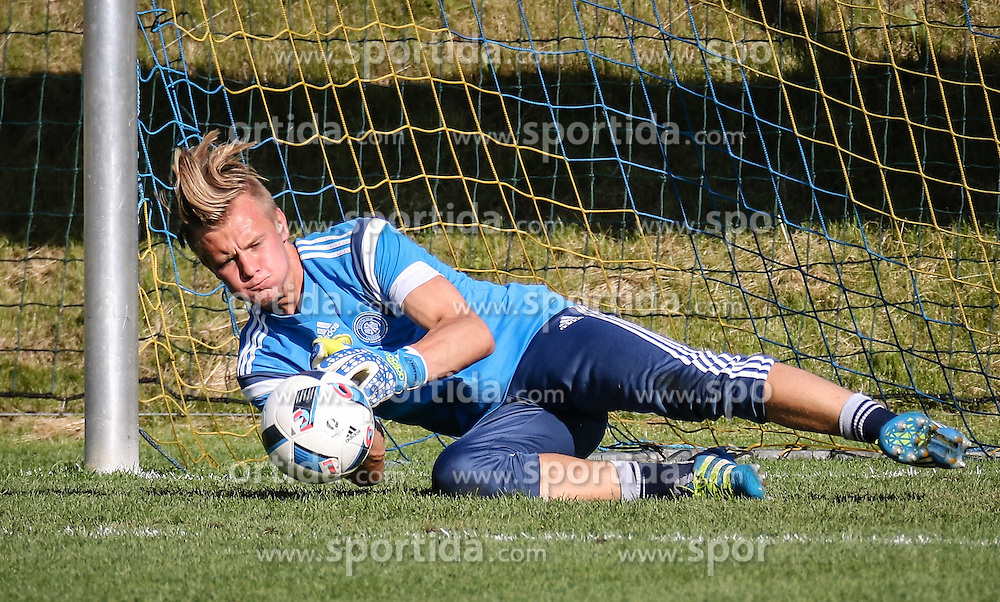 01.07.2016, Athletic Area, Schladming, AUT, U19 EURO, Vorbereitung Deutschland, DFB U19 Junioren, im Bild Dominik Reimann (Borussia Dortmund, Deutschland U19) // during a training camp of Team Germany for preparation for the UEFA European Under-19 Championship at the Athletic Area, Austria on 2016/07/01. EXPA Pictures © 2016, PhotoCredit: EXPA/ Martin Huber