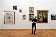 Nederland, The netherlands, Arnhem, 7-10-2015Expositie van zelfportretten van nederlandse schilders in de 20e eeuw.FOTO: FLIP FRANSSEN/ HH