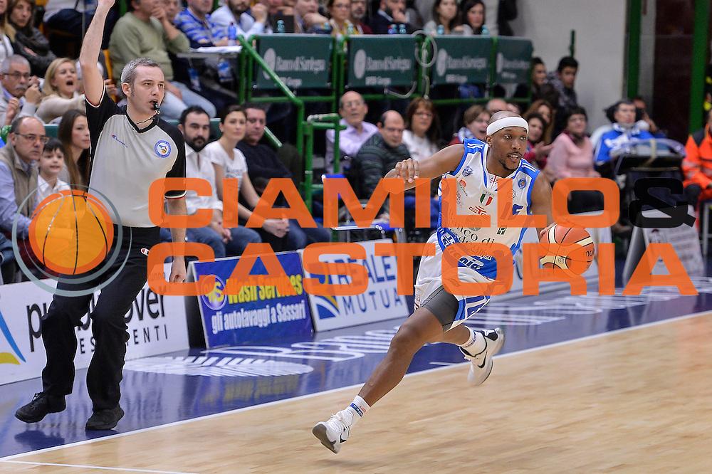 DESCRIZIONE : Beko Legabasket Serie A 2015- 2016 Dinamo Banco di Sardegna Sassari - Pasta Reggia Juve Caserta<br /> GIOCATORE : Josh Akognon<br /> CATEGORIA : Palleggio Contropiede<br /> SQUADRA : Dinamo Banco di Sardegna Sassari<br /> EVENTO : Beko Legabasket Serie A 2015-2016<br /> GARA : Dinamo Banco di Sardegna Sassari - Pasta Reggia Juve Caserta<br /> DATA : 03/04/2016<br /> SPORT : Pallacanestro <br /> AUTORE : Agenzia Ciamillo-Castoria/L.Canu