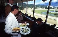 Vista de uno de los ambientes del Hipódromo de La Rinconada. Caracas, 2000.  Elegant room in La Rinconada's Racetrack. (Ramón Lepage/Orinoquiaphoto)