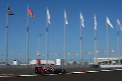 10.10.2014, Sochi Autodrom, Sotschi, RUS, FIA, Formel 1, Grosser Preis von Russland, Training, im Bild Daniel Ricciardo (AUS) Red Bull Racing RB10. // during the Practice of the FIA Formula 1 Russia Grand Prix at the Sochi Autodrom in Sotschi, Russia on 2014/10/10. EXPA Pictures © 2014, PhotoCredit: EXPA/ Sutton Images/ Lundin<br /> <br /> *****ATTENTION - for AUT, SLO, CRO, SRB, BIH, MAZ only*****