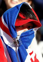 Motorsports / Formula 1: World Championship 2010, GP of Japan, japanese fan of Great Britain