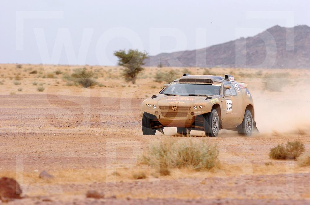 070111  dakar 2007..no: 303 Carlos Sainz Michel Perin Volkswagen..fotografie frank uijlenbroek©2007 frank uijlenbroek