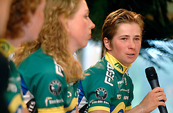 08-03-2006 WIELRENNEN: TEAMPRESENTATIE AA CYCLINGTEAM: ALPHEN AAN DE RIJN<br /> Sandra Missbach<br /> Copyrights: WWW.FOTOHOOGENDOORN.NL