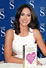 20 DEC 2015 Vicky Pattison Book Signing