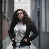Nederland, Amsterdam , 6 februari 2010..Libelle heeft bezoek uit Saoedi-Arabië! De organisatie Free Voice stimuleert journalistiek wereldwijd en heeft Libelle uitgenodigd mee te doen aan een uitwisselingsprogramma..De Saoedische journaliste Kholoud Attar (24) schrijft dagelijks een blog over haar ervaringen in Nederland.Foto:Jean-Pierre Jans