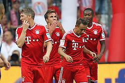 26.10.2013, Allianz Arena, Muenchen, GER, 1. FBL, FC Bayern Muenchen vs Hertha BSC Berlin, 10. Runde, im Bild l-r: Torjubel von Bastian SCHWEINSTEIGER #31 (FC Bayern Muenchen), Mario GOETZE #19 (FC Bayern Muenchen), RAFINHA #13 (FC Bayern Muenchen), David ALABA #27 (FC Bayern Muenchen) // during the German Bundesliga 10th round match between FC Bayern Munich and Hertha BSC Berlin at the Allianz Arena in Muenchen, Germany on 2013/10/26. EXPA Pictures © 2013, PhotoCredit: EXPA/ Eibner-Pressefoto/ Kolbert<br /> <br /> *****ATTENTION - OUT of GER*****