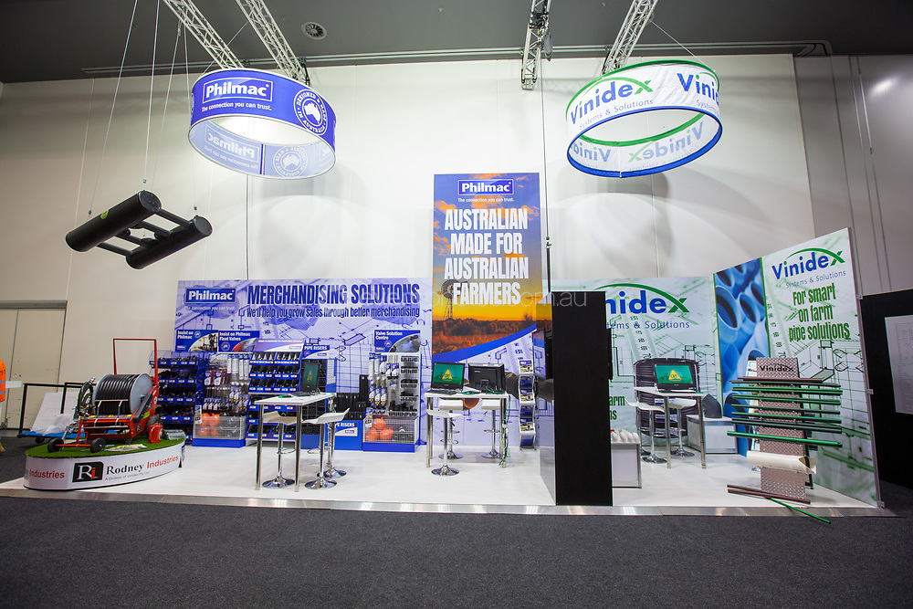 Exhibition Displays Perth : Portable displays pullup banners exhibition displays