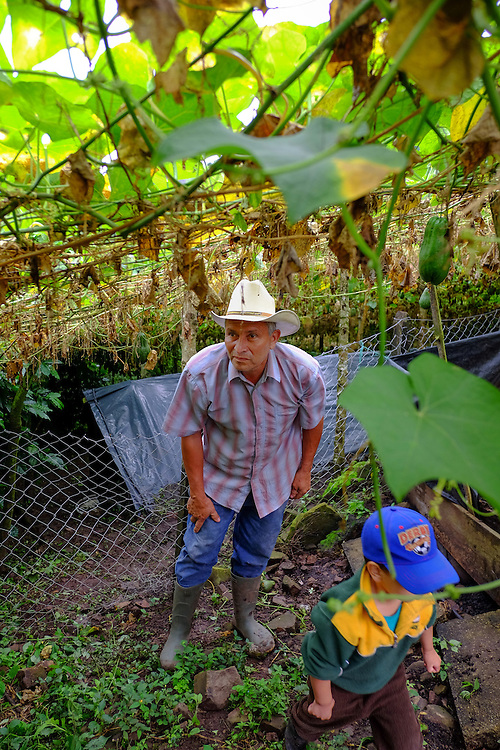 Community El Volcan de Yalí, Yalí, Jinotega - Nicaragua 10-2014<br /> Photography by Aaron Sosa<br /> <br /> Cooperative El Polo Project<br /> Farm La Misericordia<br /> Mr. Rigoberto Mendoza<br /> <br /> In this farm is one of the Biodigestores, harvest time when the first coffee bean washing water is taken as the ferment produces gas that is needed for use in the kitchen. The gas can be obtained by fermentation of animal manure.