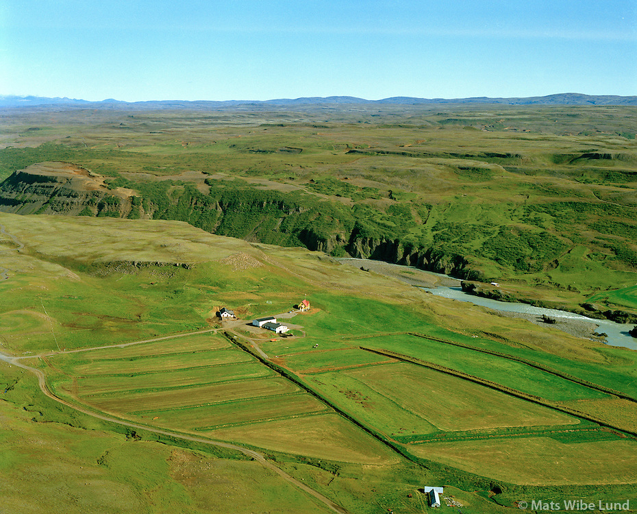 Brattholt séð til norðausturs, Bláskógabyggð áður Biskupstungnahreppur / Brattholt viewing northeast, Blaskogabyggd former Biskupstungnahreppur.