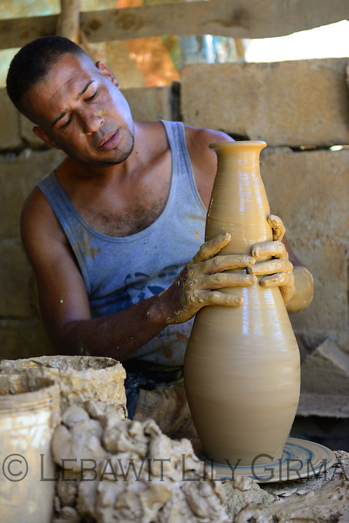 A potter in Higuerito - central DR<br />