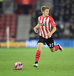 Southampton's Lloyd Isgrove looks for an opportunity to pass - Photo mandatory by-line: Paul Knight/JMP - Mobile: 07966 386802 - 04/01/2015 - SPORT - Football - Southampton - St Mary's Stadium - Southampton v Ipswich Town - FA Cup Third Round
