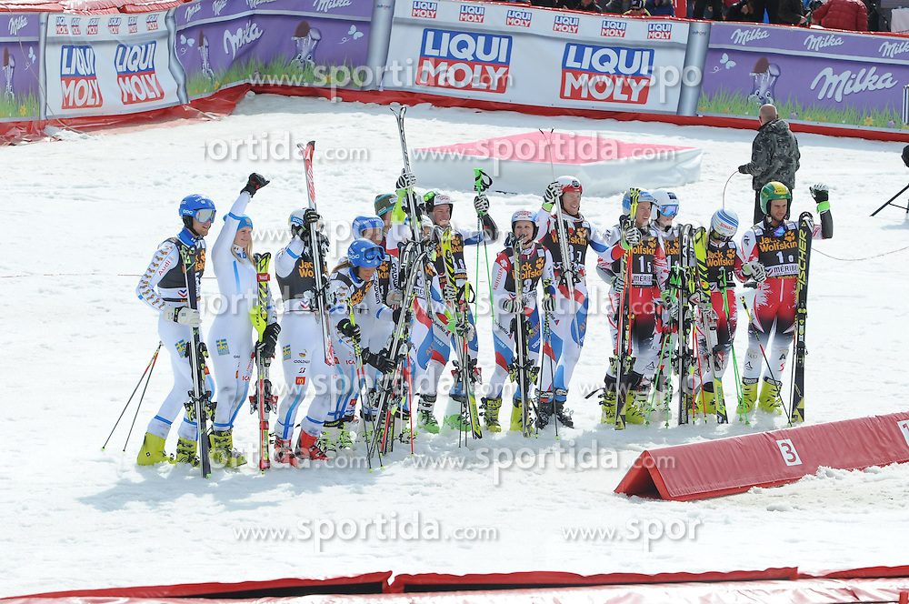 20.03.2015, Roc de Fer, Meribel, FRA, FIS Weltcup Ski Alpin, Meribel, Teambewerb, Siegerehrung, im Bild v.l. Team Schweden (SWE, 2. Platz), Team Schweiz (SUI, 1. Platz), Team Österreich (AUT, 3. Platz) // second placed Team Sweden, first placed team Switzerland and third placed team Austria during winner Ceremony for the Nation Grand Prix of FIS World Cup finals at the Roc de Fer in Meribel, France on 2015/03/20. EXPA Pictures © 2015, PhotoCredit: EXPA/ Erich Spiess