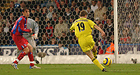 Fotball<br /> England 2004/2005<br /> Foto: SBI/Digitalsport<br /> NORWAY ONLY<br /> <br /> Barclays Premiership<br /> Crystal Palace v Charlton Athletic<br /> 5/12/2004<br /> <br /> Charlton's Dennis Rommedahl scores the only goal of the game
