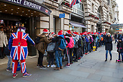 French students visiting Piccadilly Emporium in Santa hats, Piccadilly Circus, London, United Kingdom.<br /> (photo by Andrew Aitchison / In pictures via Getty Images)