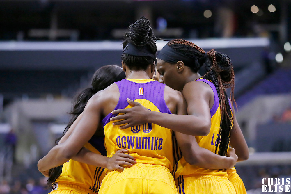 24 July 2014: Los Angeles Sparks players gather during the Phoenix Mercury 93-73 victory over the Los Angeles Sparks, at the Staples Center, Los Angeles, California, USA.