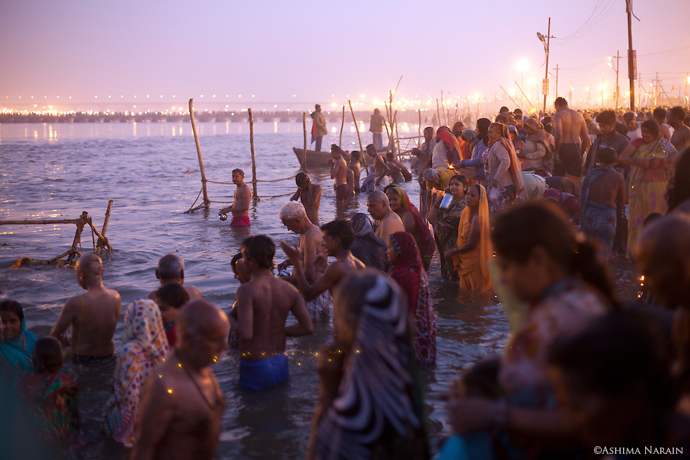 Maha Kumbh Mela, Allahbad, Morning of the full moon, Maghi Purnima Snan on 25th February 2013. An estimated 18 million people visited the Kumbh Mela that day.