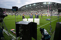 Illustration Plateau Canal + - Isabelle Ithurburu / Marc Lievremont / Fabien Pelous - Stade Jean Bouin - 29.05.2015 - Stade Francais / Racing Metro - Barrages Top 14<br />