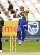 CAPE TOWN, SOUTH AFRICA - 14 December 2008, Vernon Philander during the MTN Domestic Championship match between The Nashua Cape Cobras and Nashua Dolphins held at Sahara Park Newlands in Cape Town, South Africa..Photo by www.sportzpics.net