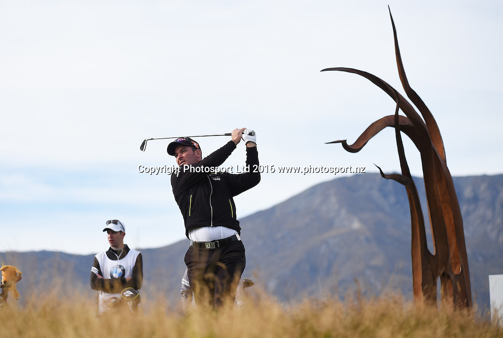 New Zealand's Ryan Fox during Round 3 at The Hills during 2016 BMW ISPS Handa New Zealand Open. Saturday 12 March 2016. Arrowtown, New Zealand. Copyright photo: Andrew Cornaga / www.photosport.nz