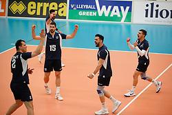 20170524 NED: 2018 FIVB Volleyball World Championship qualification, Koog aan de Zaan<br />Team Greece celebrate a point. <br />©2017-FotoHoogendoorn.nl / Pim Waslander