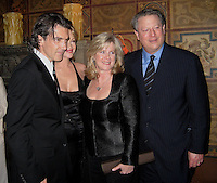 """**EXCLUSIVE**.Antonio Banderas, Melanie Griffith, Mary Elizabeth """"Tipper"""" Gore & Al Gore.Entertainment Weekly and Al Gore celebration honoring the filmmakers behind An Inconvenient Truth.Home of Melanie Griffith and Antonio Banderas.Hancock Park, California, USA.Thursday, February 22, 2007.Photo By Celebrityvibe; .To license this image please call (212) 410 5354 ; or.Email: celebrityvibe@gmail.com ;"""