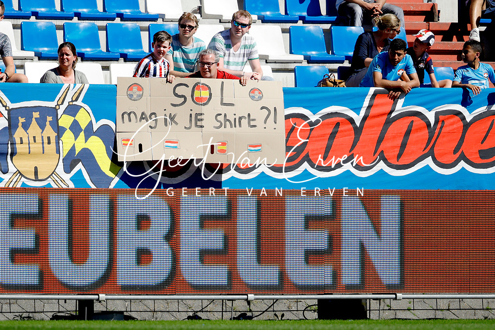 Supporters of Willem II for *Fran Sol* of Willem II