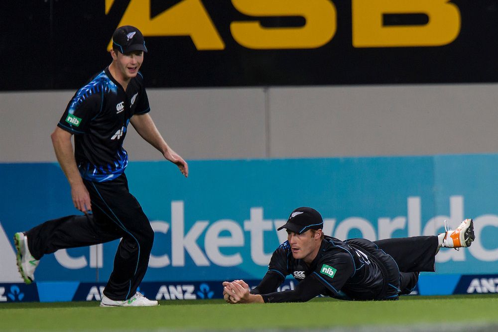 New Zealand's Martin Guptill catches the ball of West Indies' Kieran Powell  in the Twenty-20 International Cricket Match, Eden Park, Auckland, New Zealand, Saturday, January 11, 2014. Credit: SNPA/David Rowland