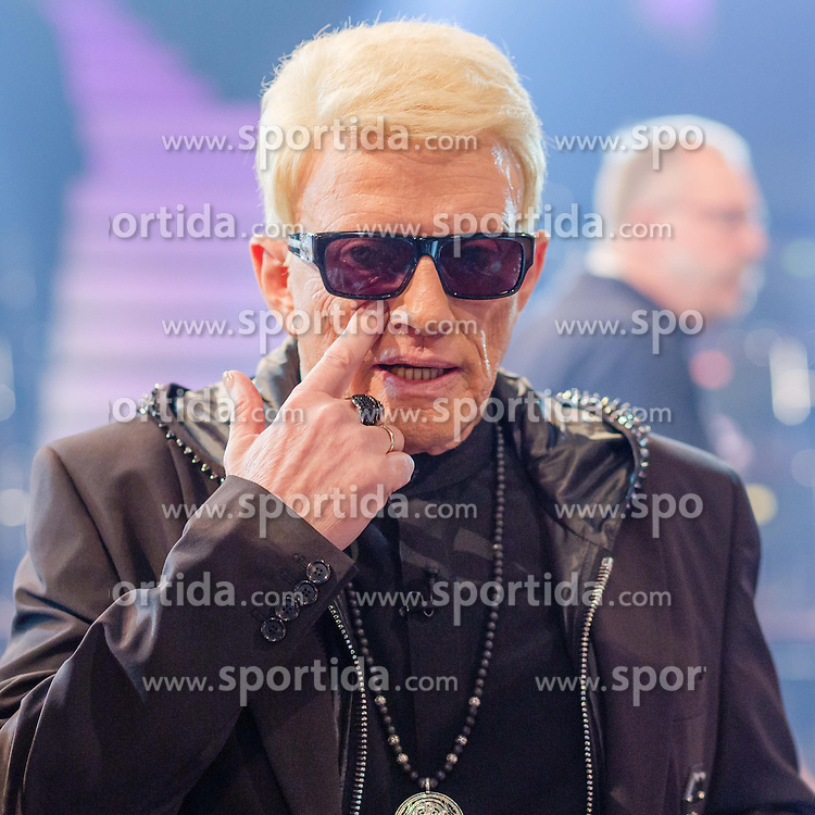 09.06.2015, WDR Studios, Koeln, GER, TV Show, Ich stelle mich, mit Heino, im Bild Heino (Heinz Georg Kramm) // during Germans TV Show &quot;Ich stelle mich&quot; at the WDR Studios in Koeln, Germany on 2015/06/09. EXPA Pictures &copy; 2015, PhotoCredit: EXPA/ Eibner-Pressefoto/ Sch&uuml;ler<br /> <br /> *****ATTENTION - OUT of GER*****