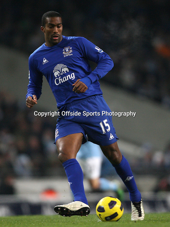 20/12/2010 - Barclays Premier League - Manchester City vs. Everton - Sylvain Distin of Everton - Photo: Simon Stacpoole / Offside.