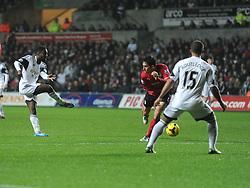 Swansea City's Nathan Dyer shoots at goal. - Photo mandatory by-line: Alex James/JMP - Tel: Mobile: 07966 386802 08/02/2014 - SPORT - FOOTBALL - Swansea - Liberty Stadium - Swansea City v Cardiff City - Barclays Premier League