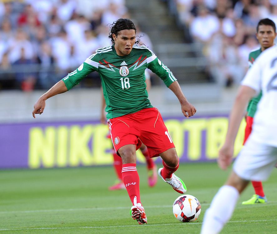 Mexico's Carlos Pena against New Zealand in the World Cup Football qualifier, Westpac Stadium, Wellington, New Zealand, Wednesday, November 20, 2013. Credit:SNPA / Ross Setford