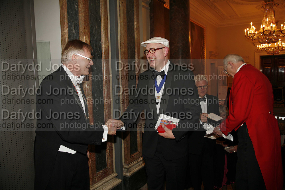 President of the R.A. Sir Nicholas Grimshaw and  HUMPHREY OCEAN, Royal Academy Annual dinner. Royal Academy, Piccadilly. 6 June 2006. ONE TIME USE ONLY - DO NOT ARCHIVE  © Copyright Photograph by Dafydd Jones 66 Stockwell Park Rd. London SW9 0DA Tel 020 7733 0108 www.dafjones.com