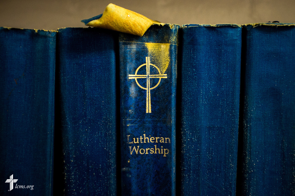 Worship books line the shelves of El Calvario Lutheran Church on Sunday, April 17, 2016, in Brownsville, Texas. LCMS Communications/Erik M. Lunsford