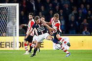 09-04-2016 VOETBAL:PSV:WILLEM II:EINDHOVEN<br /> Luuk de Jong van PSV in duel met Jordens Peters van Willem II <br /> Foto: Geert van Erven