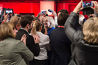 19 MAR 2017, BERLIN/GERMANY:<br /> Hannelore Kraft, SPD, Ministerpraesidentin Nordrhein-Westfalen, waehrend dem Einmarsch in die Halle, a.o. Bundesparteitag, Arena Berlin<br /> IMAGE: 20170319-01-002<br /> KEYWORDS: party congress, social democratic party, Smartphone