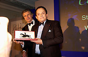 Arnaud Bamberger and  Alec Wildenstein. The 2004 Cartier Racing awards, Four Seasons Hotel. London. 17 November 2004. ONE TIME USE ONLY - DO NOT ARCHIVE  © Copyright Photograph by Dafydd Jones 66 Stockwell Park Rd. London SW9 0DA Tel 020 7733 0108 www.dafjones.com