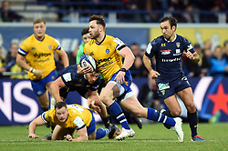 Max Wright of Bath Rugby goes on the attack - Mandatory byline: Patrick Khachfe/JMP - 07966 386802 - 15/12/2019 - RUGBY UNION - Stade Marcel-Michelin - Clermont-Ferrand, France - Clermont Auvergne v Bath Rugby - Heineken Champions Cup