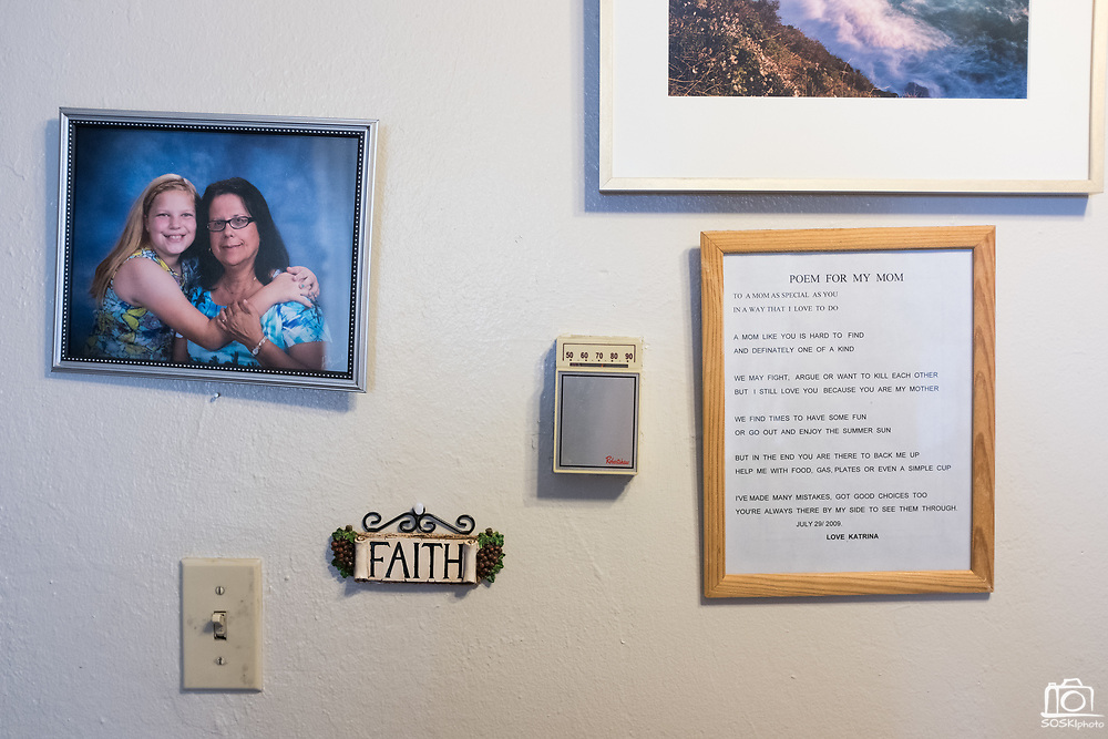 A detail of Antoinette Doyle's wall art at her home in the Sunnyhills Apartments in Milpitas, California, on May 26, 2017. Doyle has lived at the apartment complex for 22 years, 7 of which in a low income subsidized studio, and is now facing eviction due to the owner's desire for luxury apartments. (Stan Olszewski/SOSKIphoto)