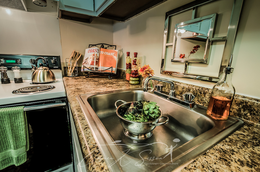 Kitchen at Autumn Woods Apartments in Mobile Alabama | Carmen K ...